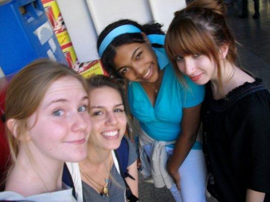 Julie (Belgica), Io, Milechka (Rep. Dominicana) e Aylin (Turquia)